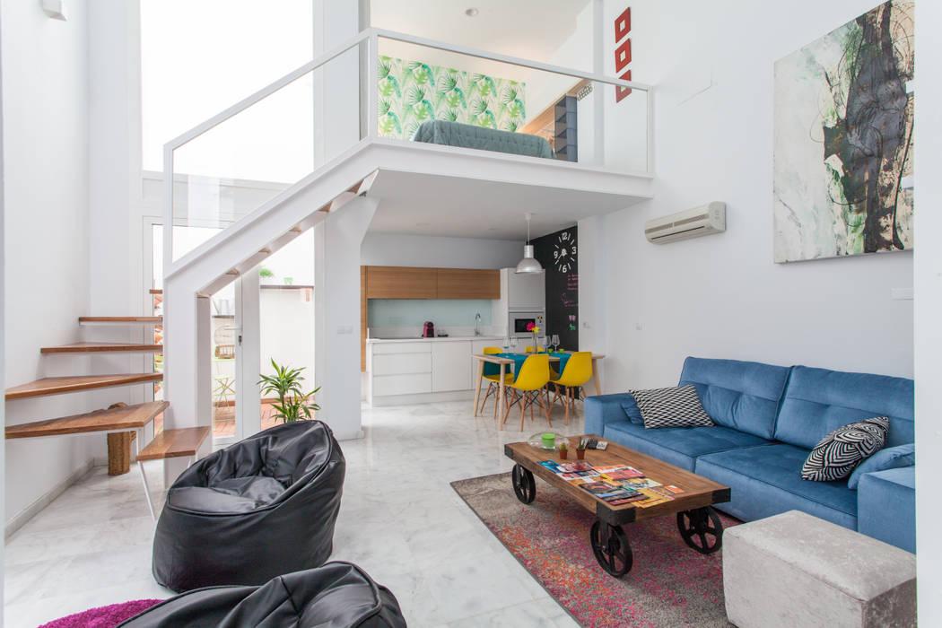 现代客厅設計點子、靈感 & 圖片 根據 Pablo Cousinou 現代風
