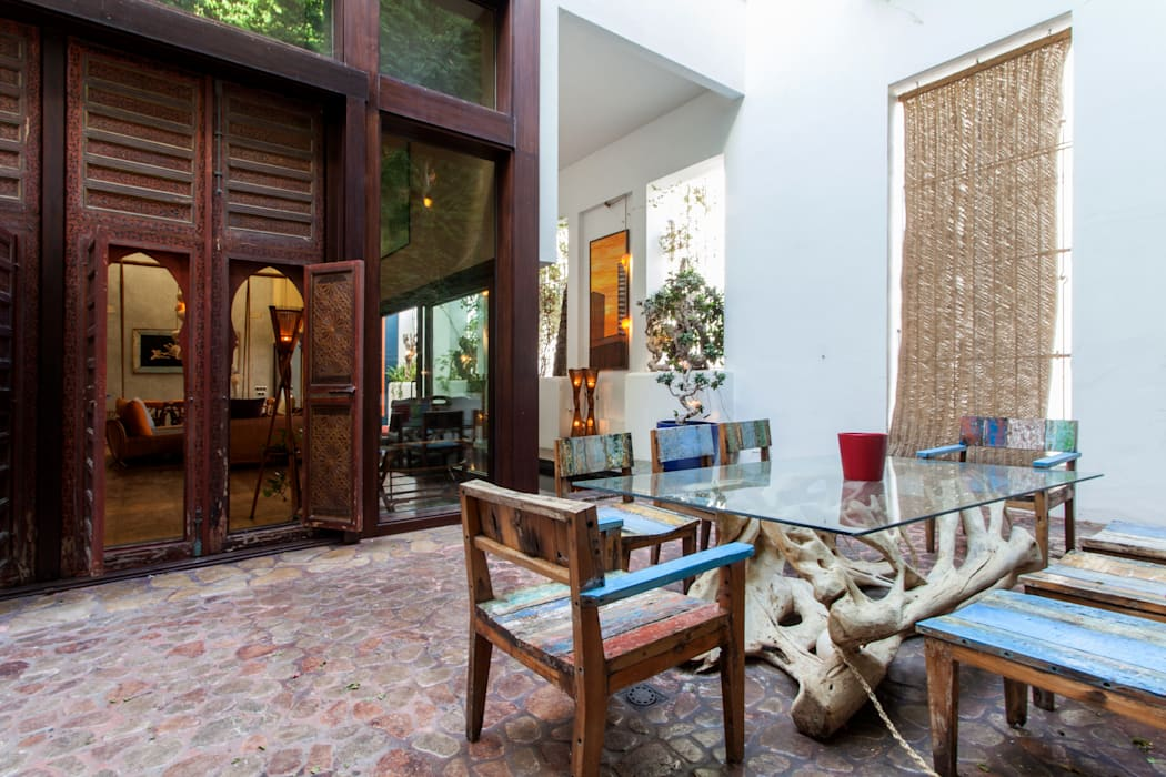Balkon, Beranda & Teras Gaya Mediteran Oleh Pablo Cousinou Mediteran Parket Multicolored