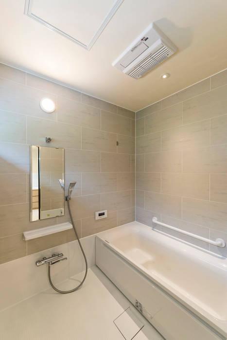 Baños de estilo ecléctico de Egawa Architectural Studio Ecléctico