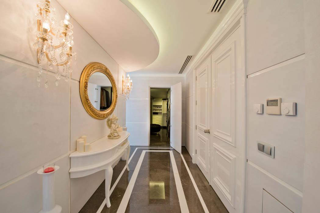 現代風玄關、走廊與階梯 根據 homify 現代風
