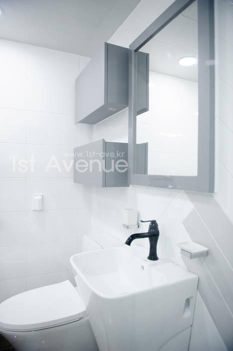 따뜻함이 가득한 홈카페 인테리어 모던스타일 욕실 by 퍼스트애비뉴 모던