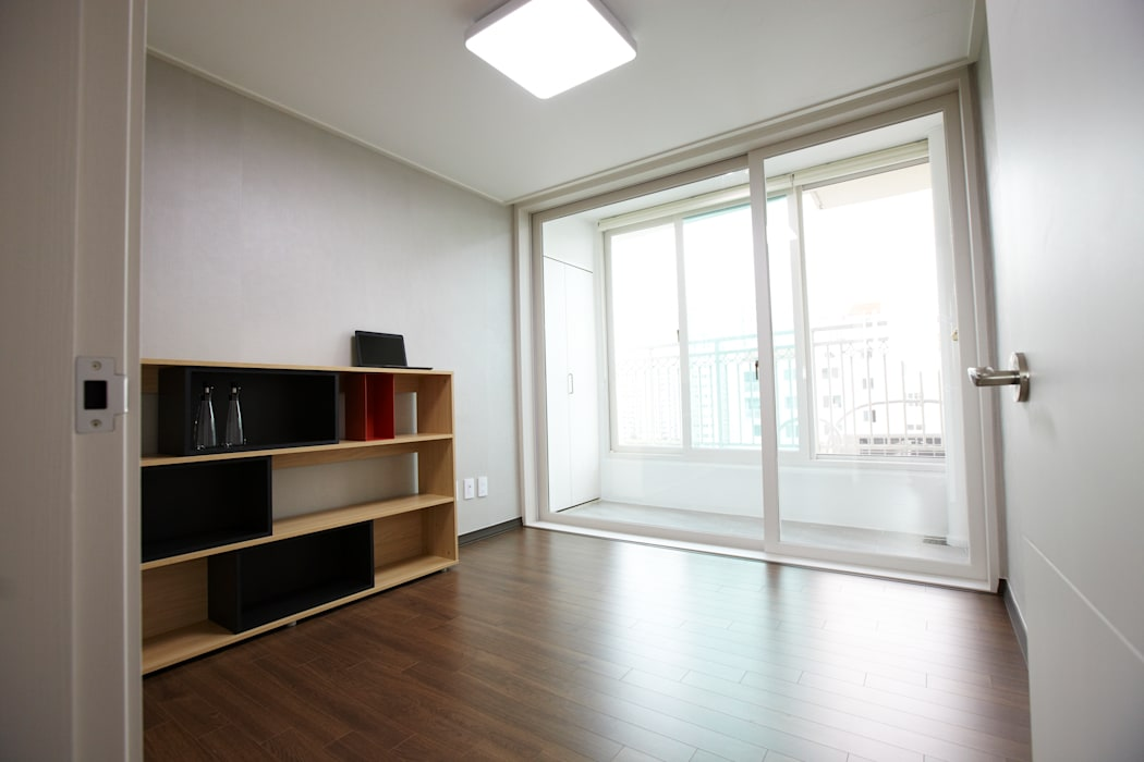 Salones de estilo  de DESIGNSTUDIO LIM_디자인스튜디오 림
