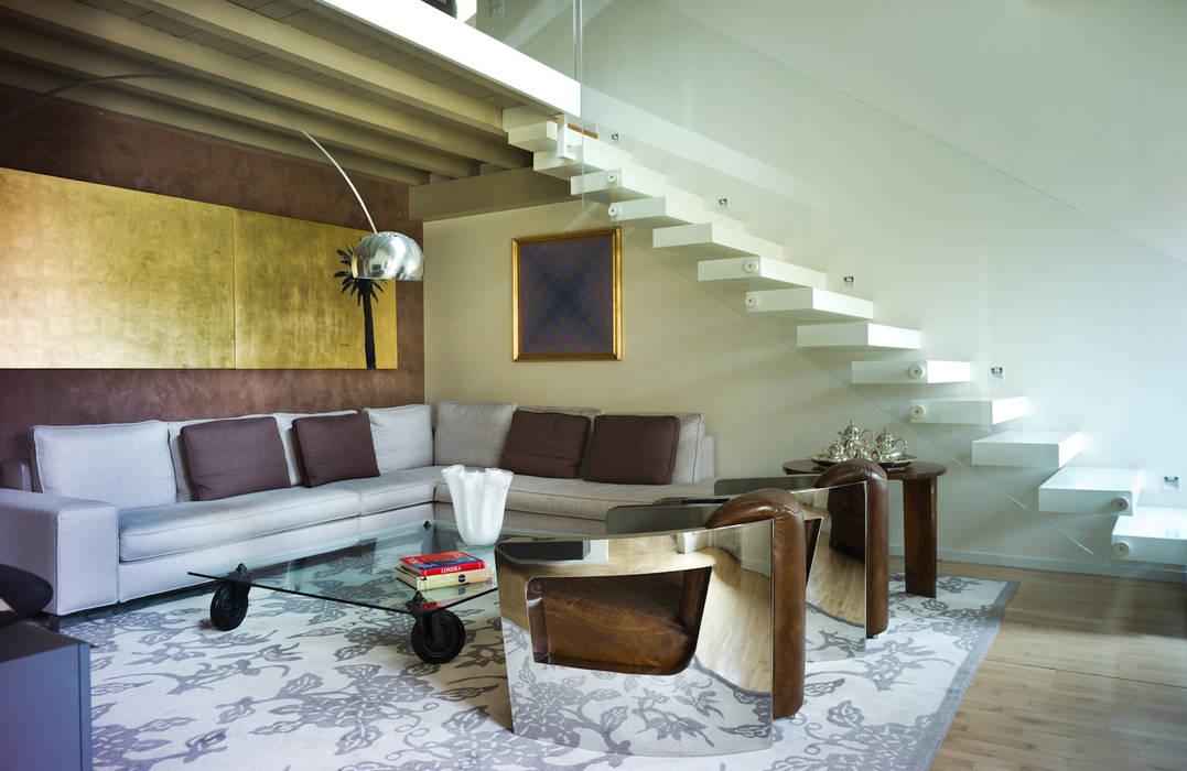 Salas de estilo moderno de cristina mecatti interior design Moderno