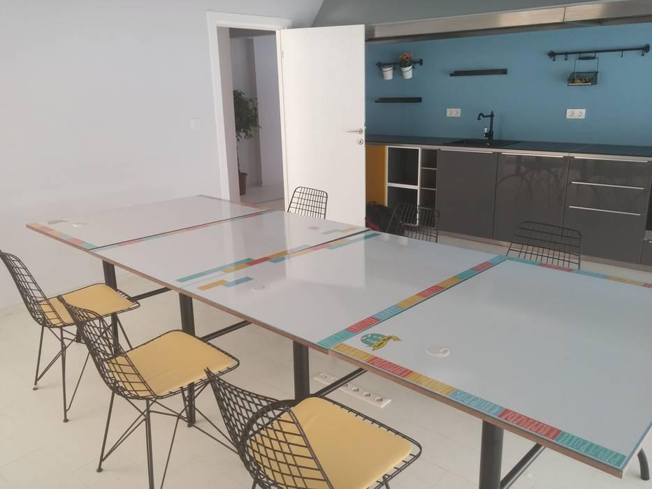 Kitchen after renovation par Pil Tasarım Mimarlik + Peyzaj Mimarligi + Ic Mimarlik