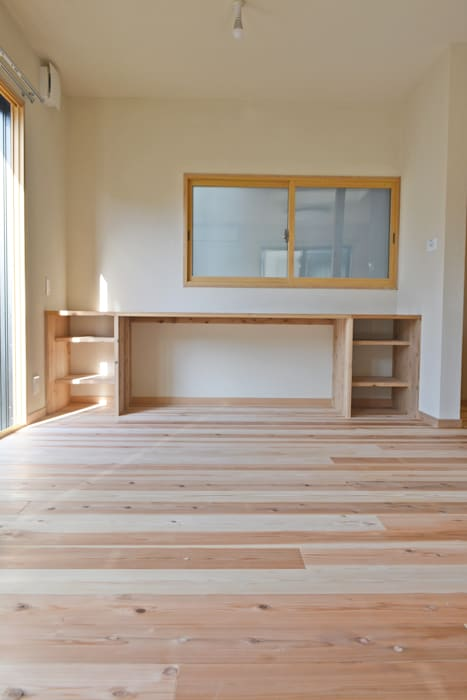 Livings de estilo escandinavo de むくむくはうす Escandinavo Madera Acabado en madera