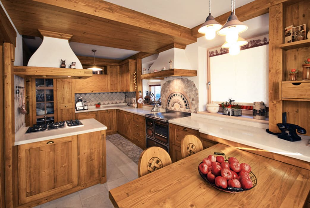 Rustic style kitchen by STUDIO ABACUS di BOTTEON arch. PIER PAOLO Rustic