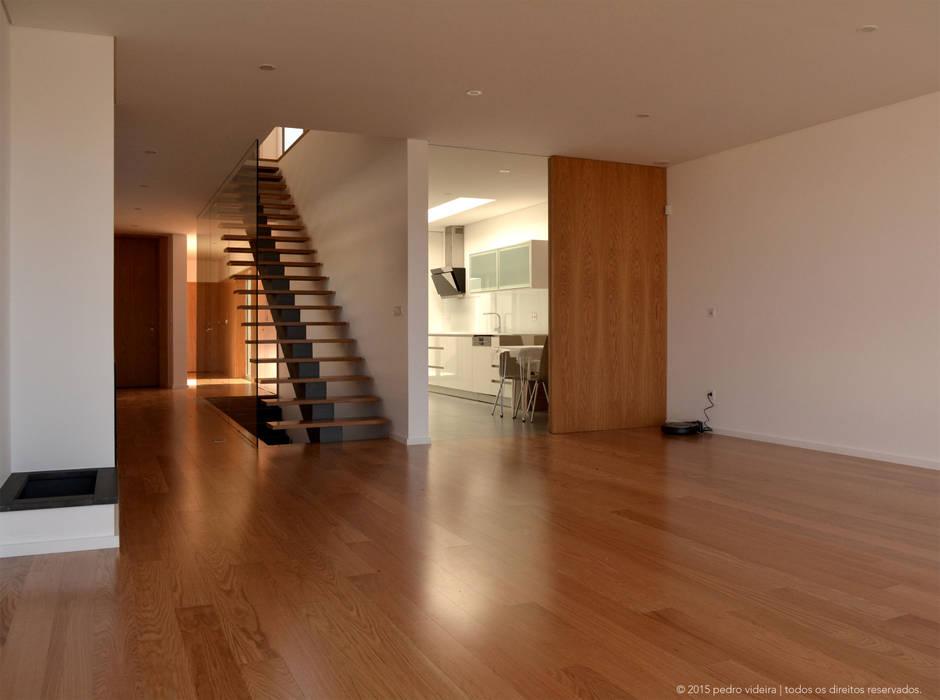 by PeC Arquitectos Modern