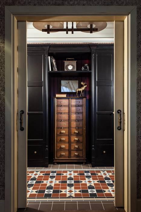 The apartment in Moscow 03: Couloir et hall d'entrée de style  par Petr Kozeykin Designs LLC, 'PS Pierreswatch'
