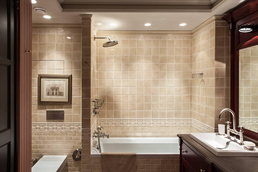 The apartment in Moscow 03: Salle de bains de style  par Petr Kozeykin Designs LLC, 'PS Pierreswatch'
