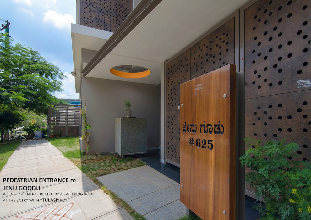 ​PEDESTRIAN ENTRANCE Asian style balcony, veranda & terrace by 4site architects Asian Solid Wood Multicolored