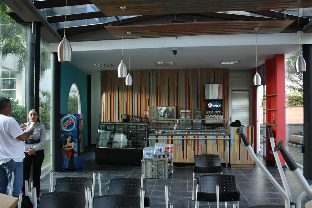 Restaurante _ Isabellas Place: Locales gastronómicos de estilo  por @tresarquitectos, Moderno