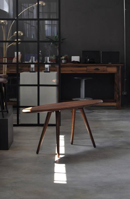 STUDIO 900 DESIGN – Elisse Coffee Table:  tarz Ofisler ve Mağazalar,