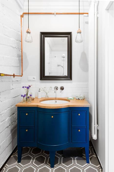Sentymentalne mieszkanie na Muranowie Eklektyczna łazienka od Dagmara Zawadzka Architektura Wnętrz Eklektyczny