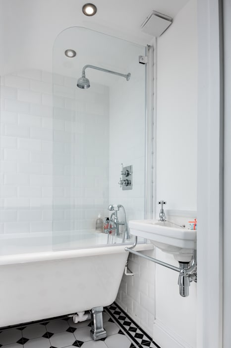 Landcroft Road - East Dulwich Oakman Classic style bathroom White