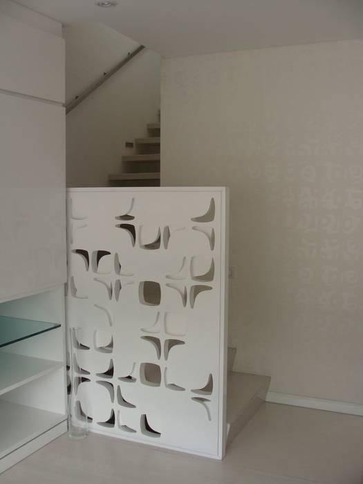 minimalist  by Mako laboratorio , Minimalist Wood Wood effect