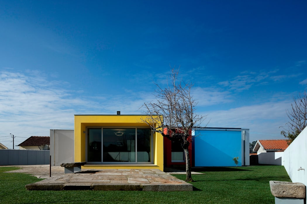 房子 by Nelson Resende, Arquitecto, 現代風