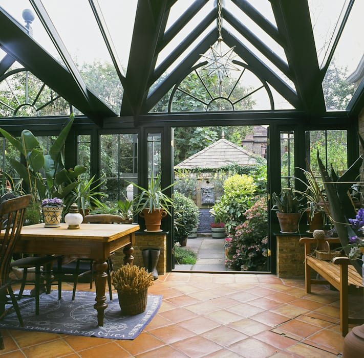 Wooden Conservatory Westbury Garden Rooms Classic style conservatory Wood Green