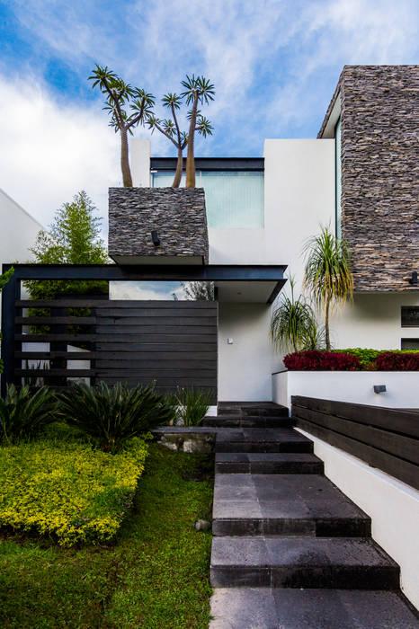 Casas de estilo  por aaestudio, Moderno