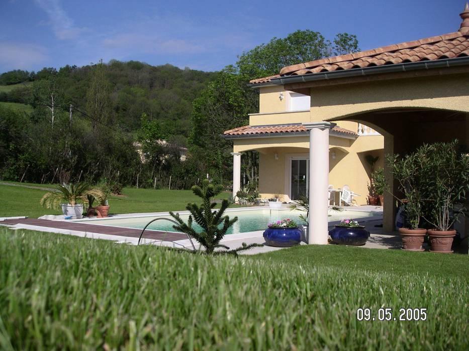 Projet maison avec piscine Lentilly Jardin moderne par Concept Creation Moderne