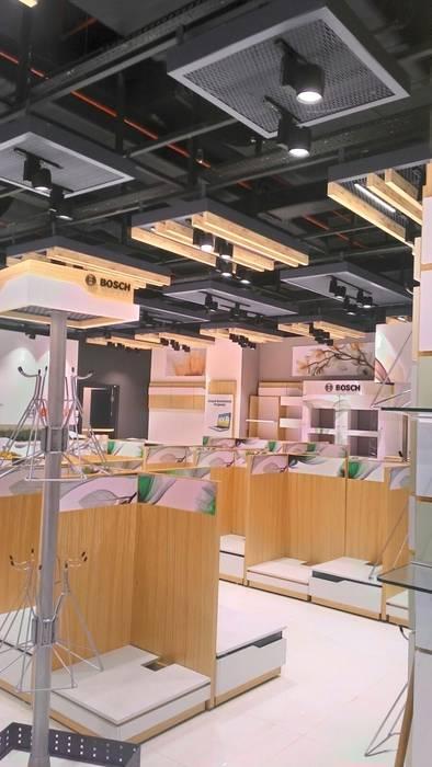 yön mimarlık proje taahhüt inşaat san. tic. ltd. şti – Beyaz eşya mağazası:  tarz Alışveriş Merkezleri, Modern