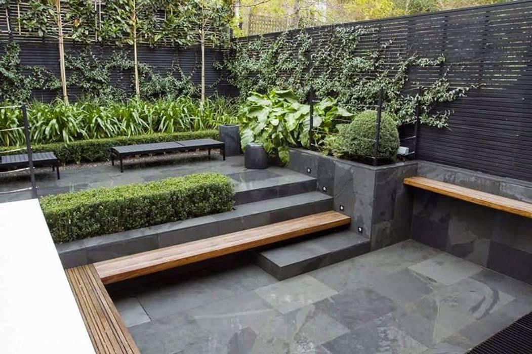 Patio interior: Terrazas de estilo  de CPJP S.L., Moderno