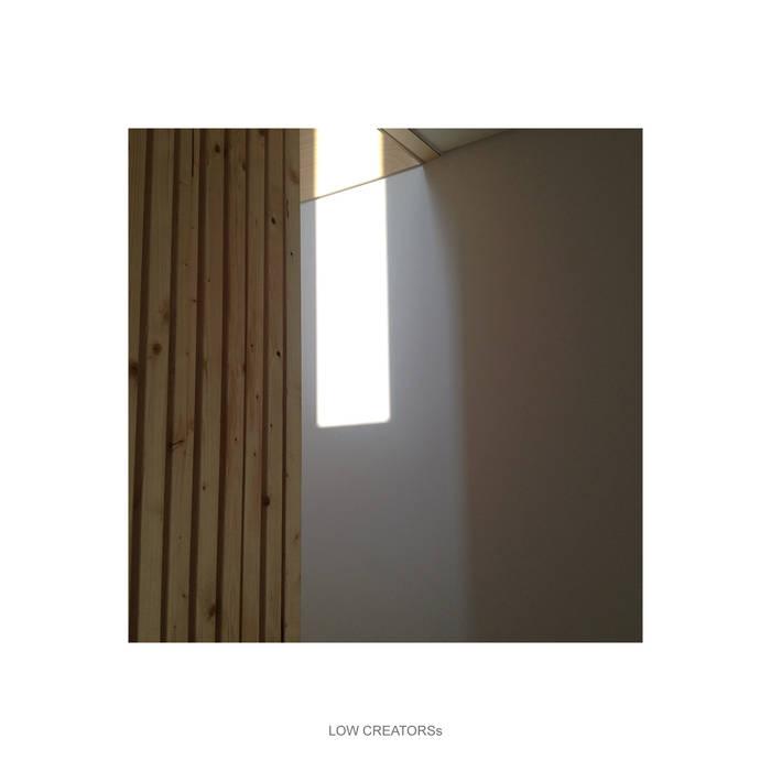loft 모던스타일 서재 / 사무실 by LOW CREATORs 모던