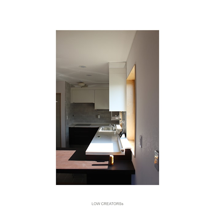kitchen: LOW CREATORs의  주방