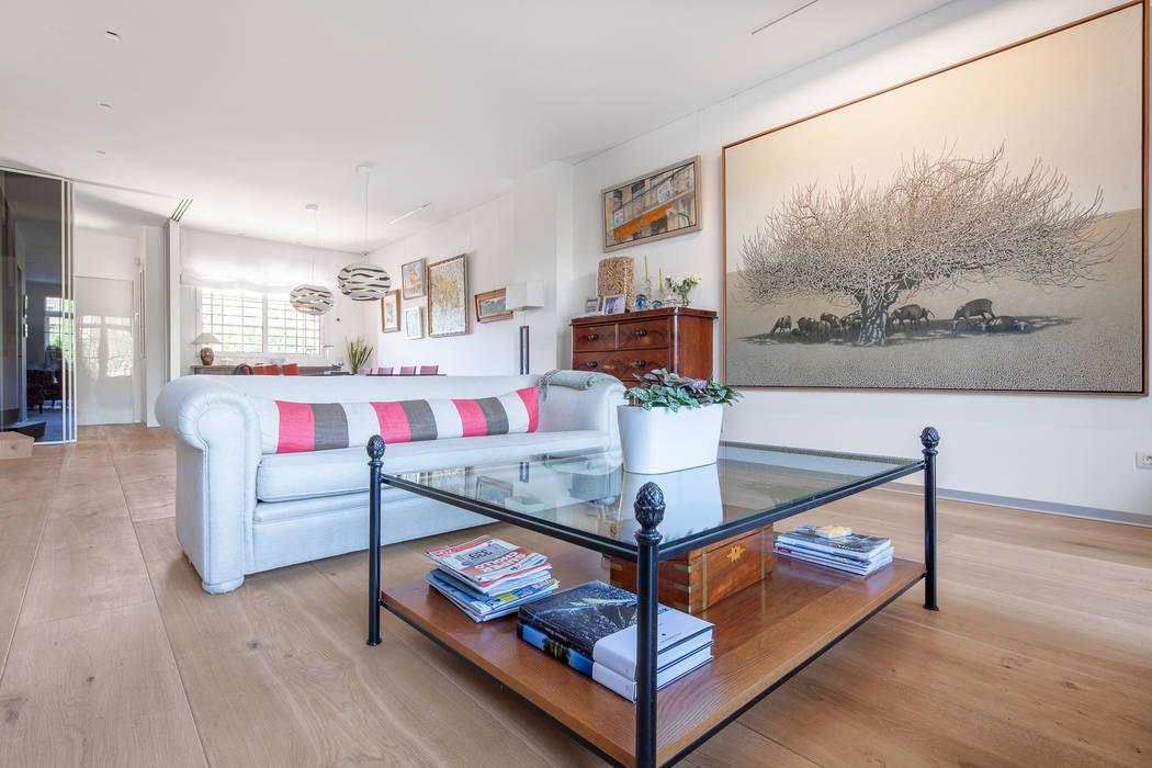 Tarimas de Autor Colonial style living room Wood