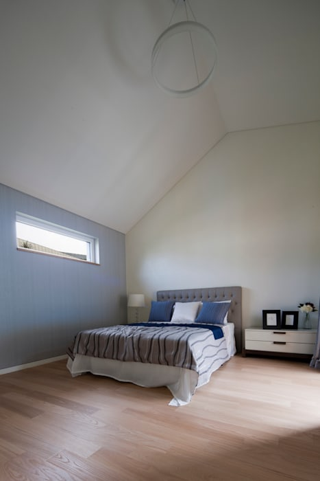 Modern style bedroom by 리슈건축 Modern