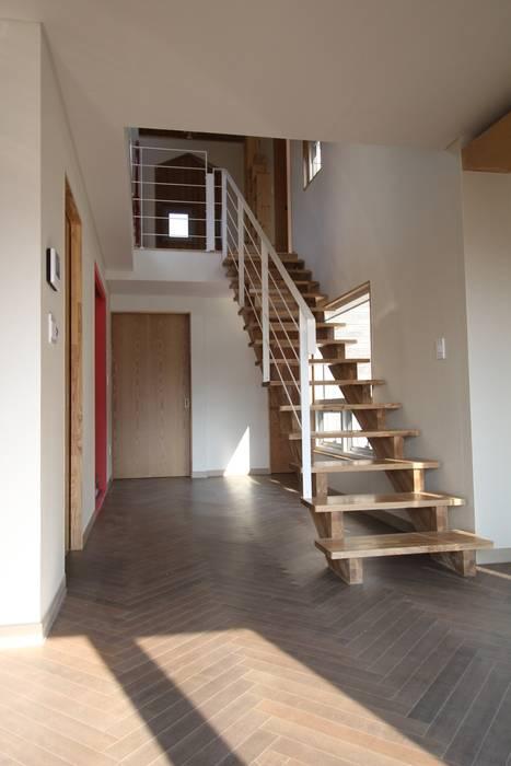 봄 하우스플랜 Modern Corridor, Hallway and Staircase