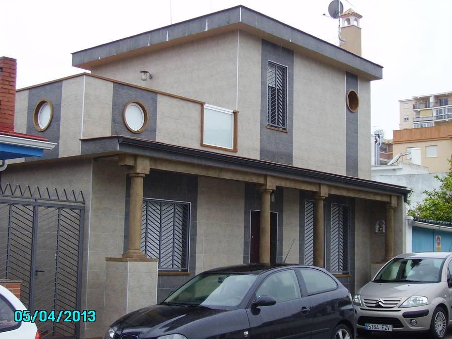 diseño y construcción acima,s.l. Modern houses Ceramic
