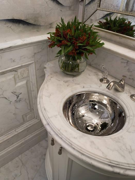 Classic style bathroom by Antonio Martins Interior Design Inc Classic