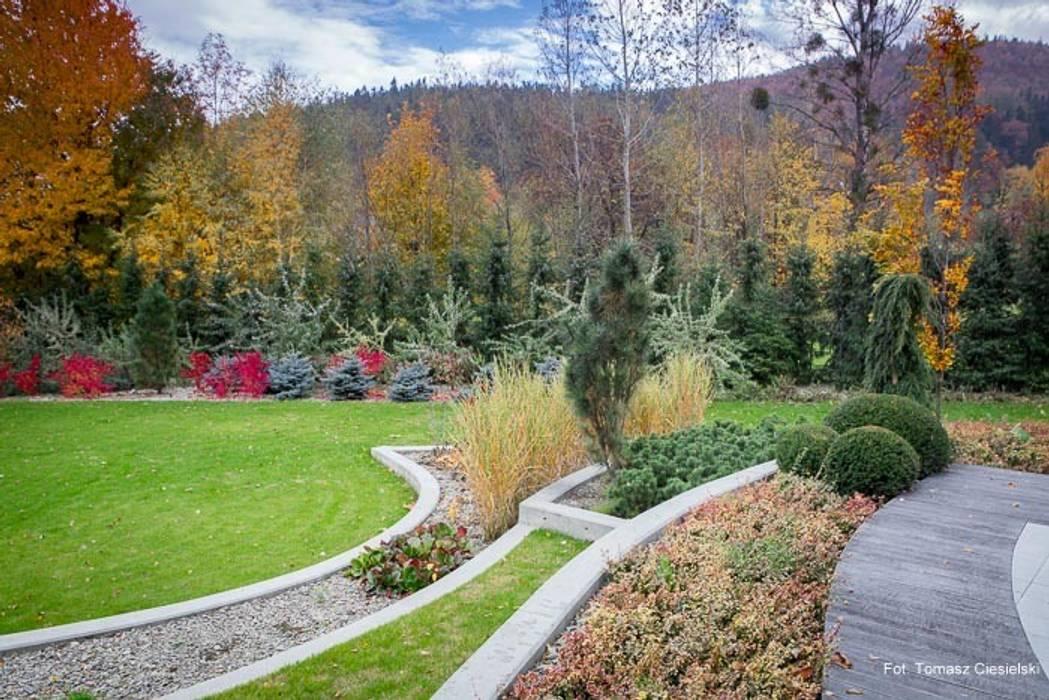 Jardin de style  par Pracownia Projektowa Architektury Krajobrazu Januszówka,