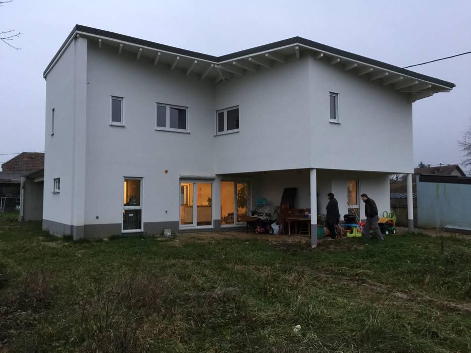 Дома в . Автор – A.FUKE-PRIGENT ARCHITECTE, Модерн