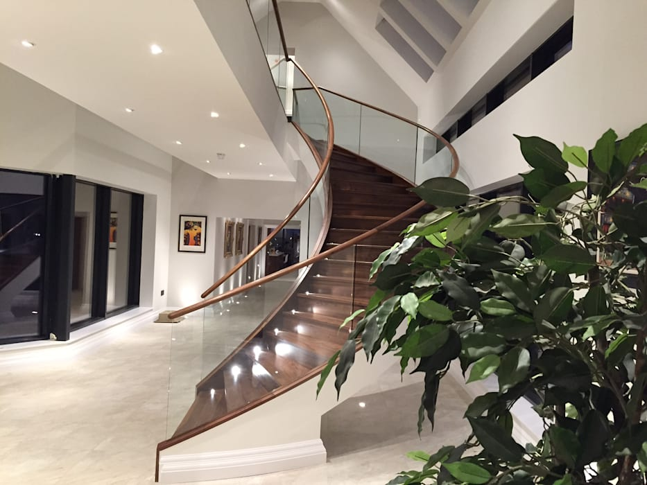 Luxury Staircase Modern corridor, hallway & stairs by Haldane UK Modern