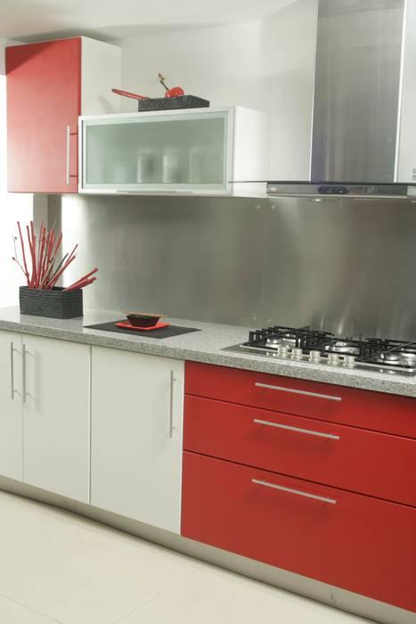 Cocinas de estilo  de Sql Amoblamientos de Cocina,