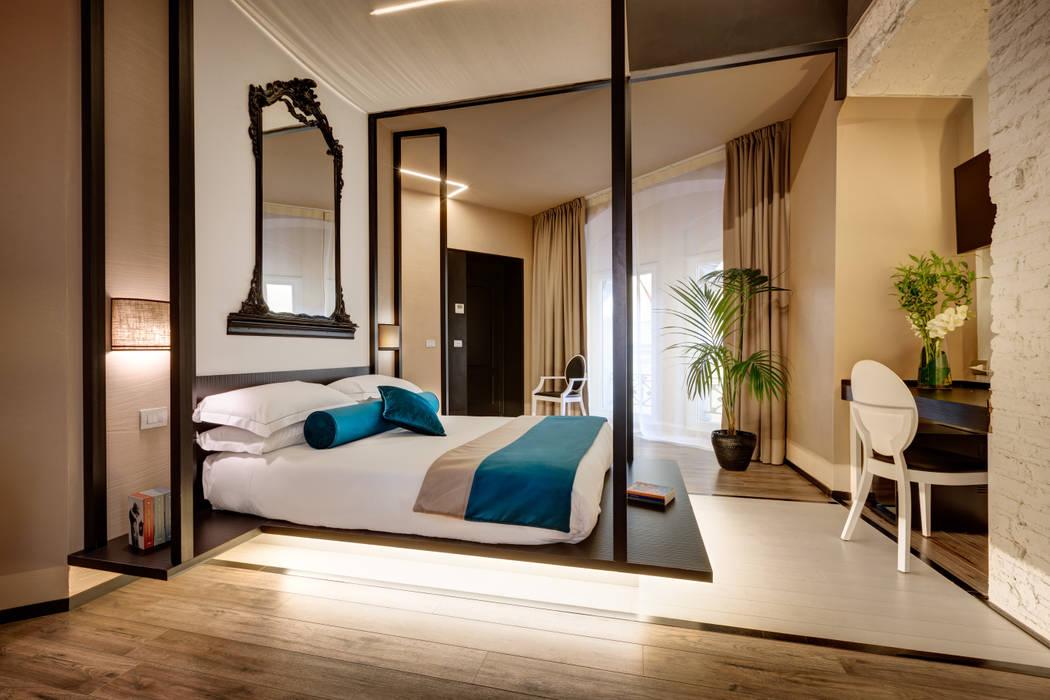 Гостиницы в стиле модерн от FAUSTO DI ROCCO ARCHITETTO Модерн Дерево Эффект древесины