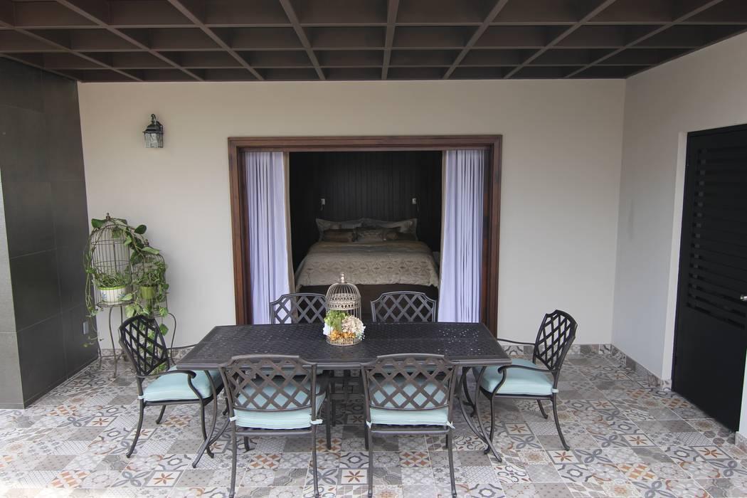 Balcones y terrazas eclécticos de Lo Interior Ecléctico