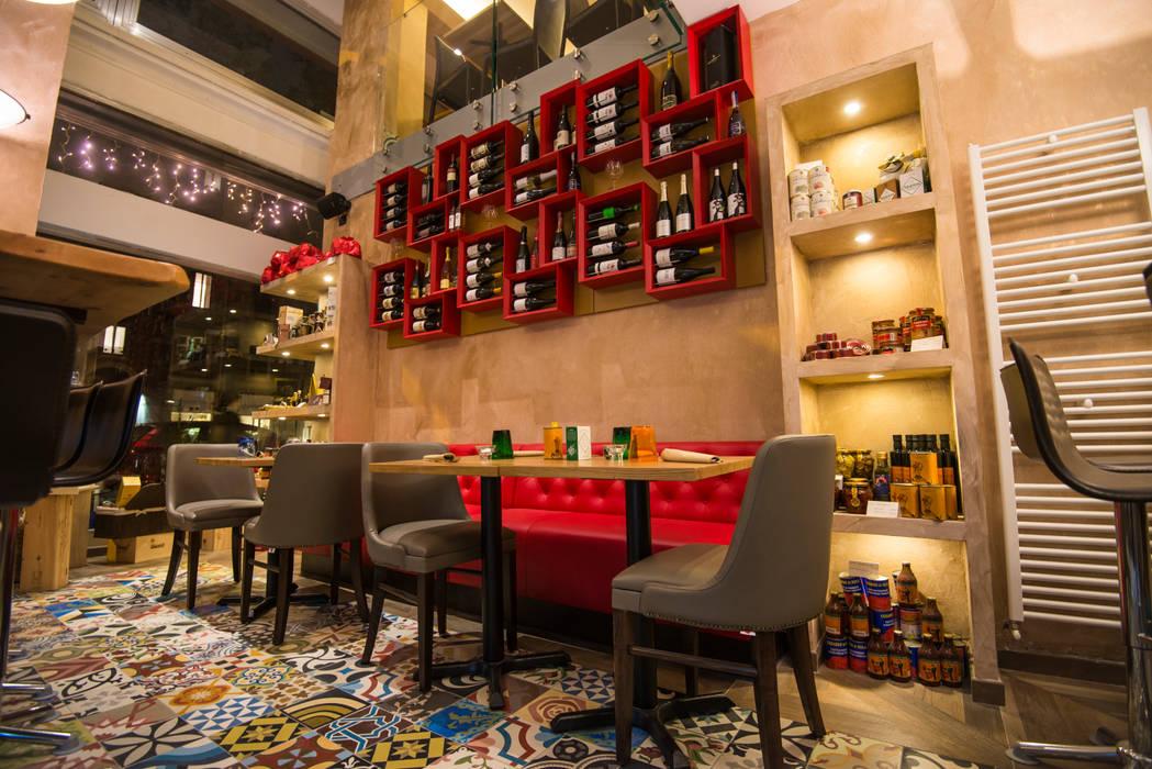 Bar & Klub  oleh Mosaic del Sur, Mediteran