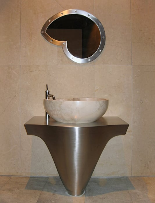 Vessel bathroom sink in marble cappuccino CusenzaMarmi Modern bathroom Marble Beige