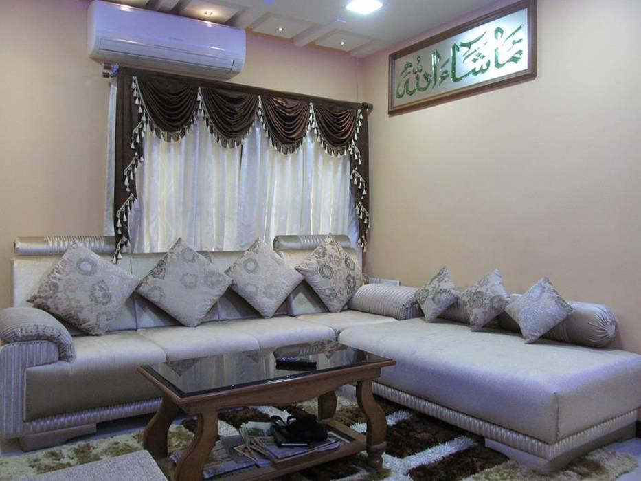 Mr.M Residential Flat DESIGNER GALAXY Modern living room