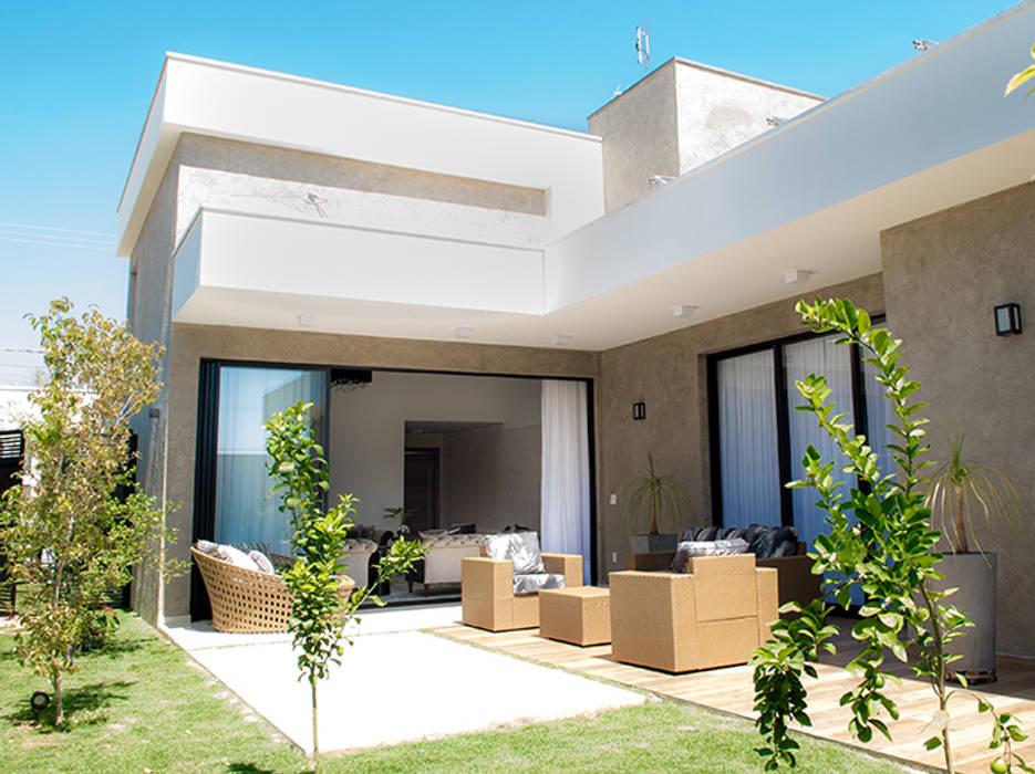 Casas de estilo por camila castilho arquitetura e for Casa moderno kl