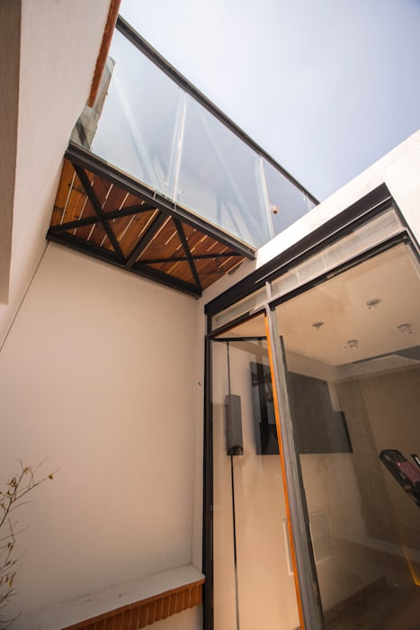 Modern balcony, veranda & terrace by TW/A Architectural Group Modern