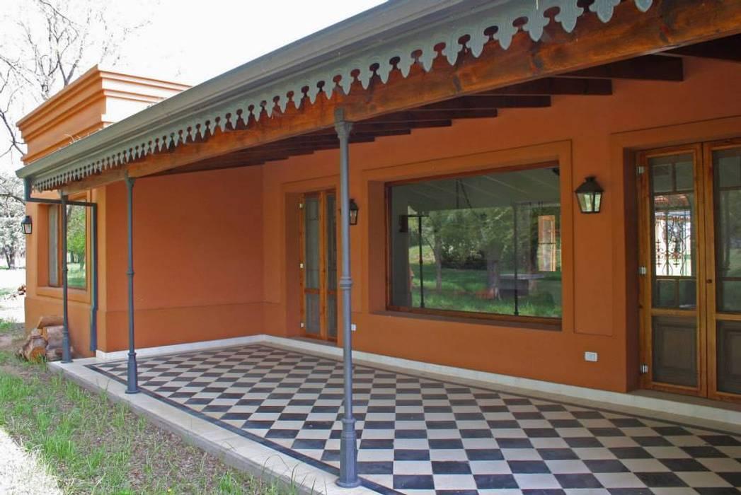 Casas de estilo  por Aulet & Yaregui Arquitectos, Rural