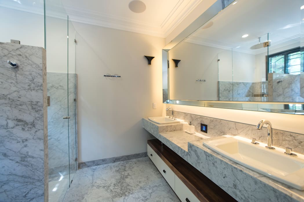 Modern bathroom by TW/A Architectural Group Modern