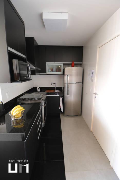 Minimalistische Küchen von Arquitetura 1 Minimalistisch