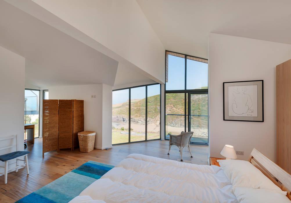 Chambre de style  par Trewin Design Architects