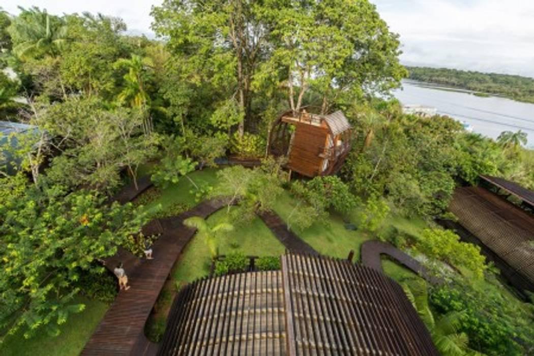 Mirante do Gavião - Amazon Lodge Hotéis campestres por Atelier O'Reilly Architecture & Partners Campestre Madeira Efeito de madeira