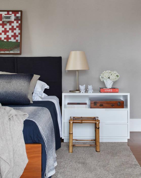 minimalist  by Yamagata Arquitetura, Minimalist Flax/Linen Pink