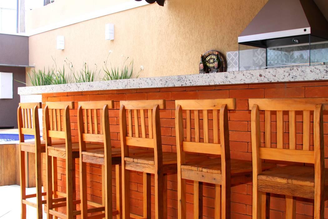 Rustic style gastronomy by Alkaa Arquitetos Associados Rustic